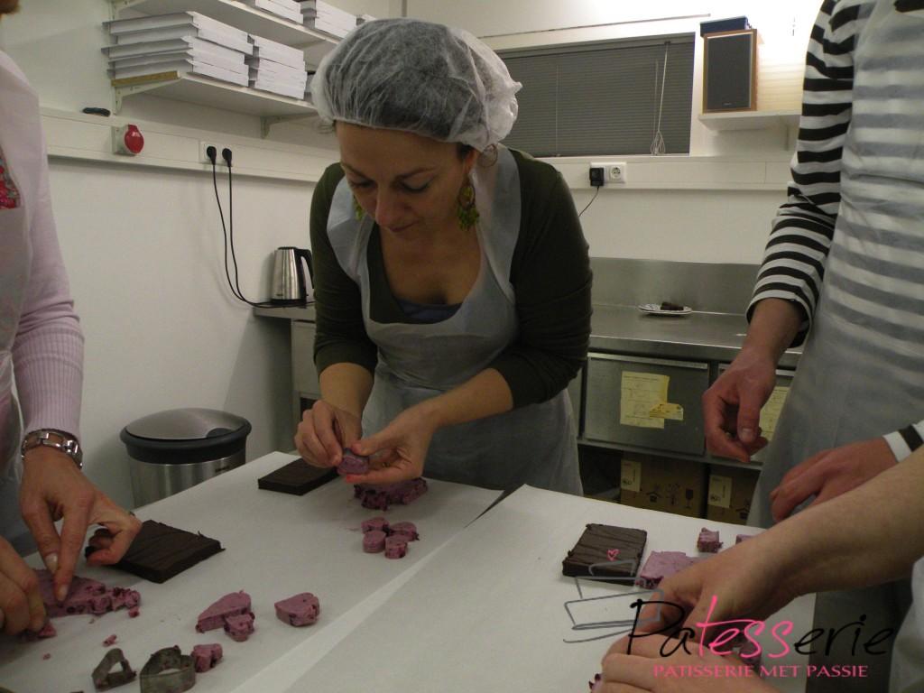 bonbons met terschellinger cranberry vulling, patesserie.com