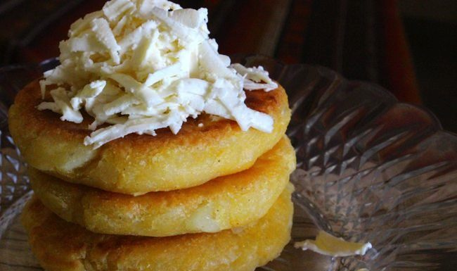 arepas from colombia, patesserie.com, colombia, arepas, yuca