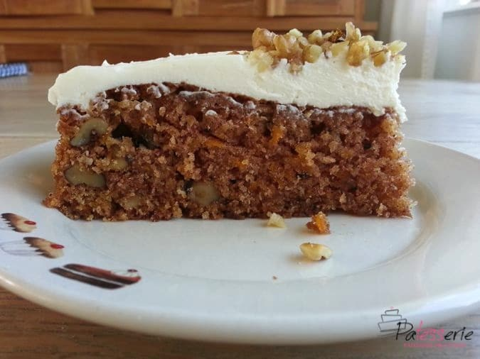 carrot cake with walnuts, patesserie, ottolenghi