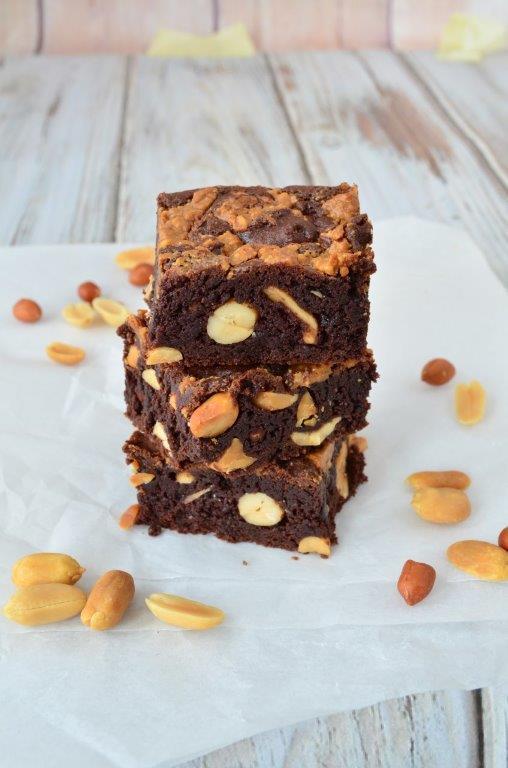 pindakaas-brownies, lauras-bakery, basisbakboek, patesserie, boekentip