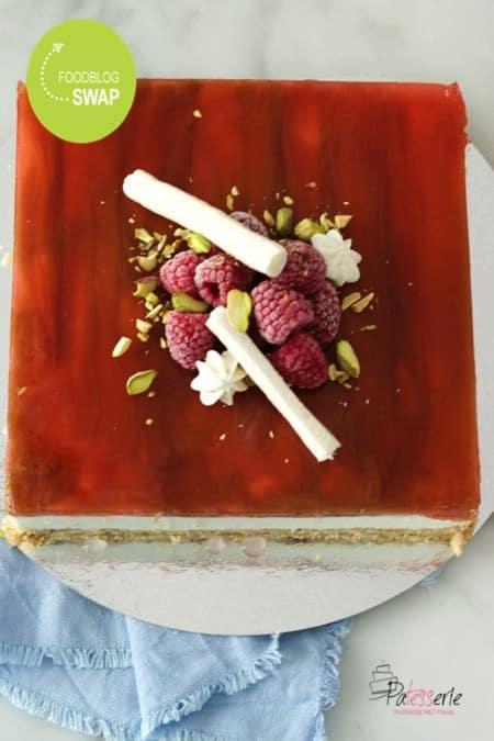 yoghurttaart met rabarber en framboos, patesserie.com, foodblogswap