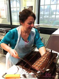 chocolade workshop, werken met bonbonmallen