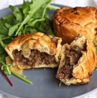 Mini pies met stoofvlees
