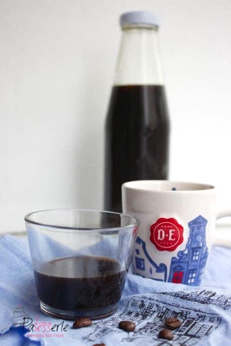Koffie Likeur met cacao en kardemom, patesserie.com