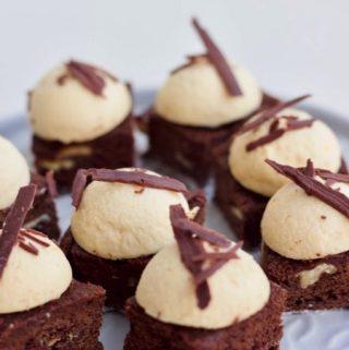 Amarula Bavarois voor op mini gebakjes