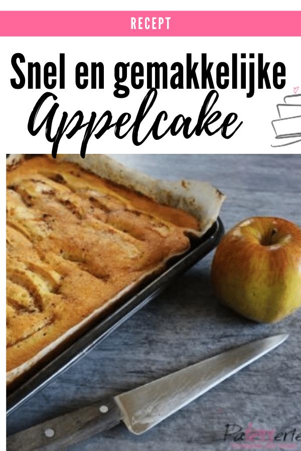 appelcake in een platte bakvorm