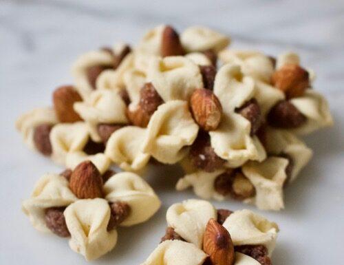 amandelbloemen koekjes of kronela