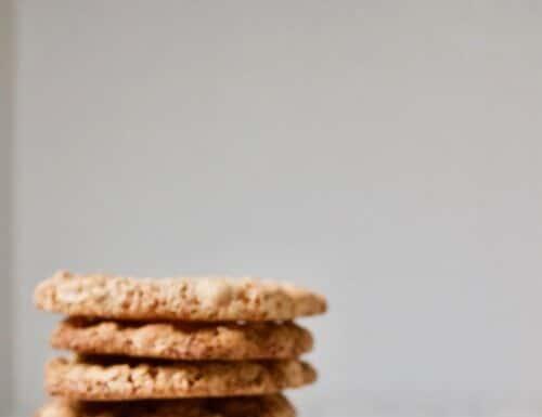 craquants, knapperige hazelnoot koekjes met karamelsmaak