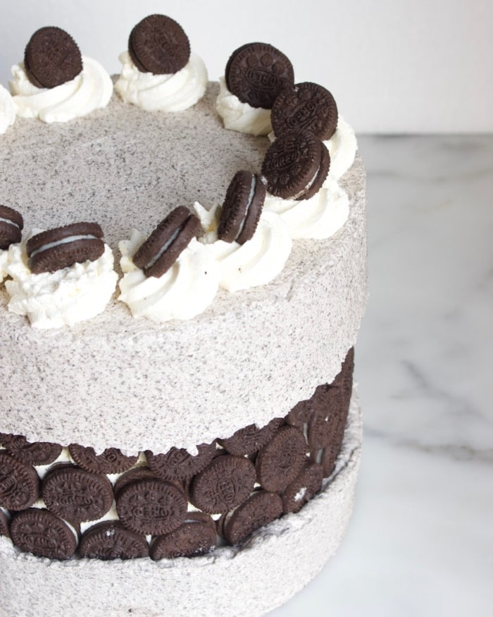 Oreo fault line cake